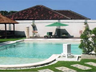 Villa 5Br close to the beach - Seminyak vacation rentals