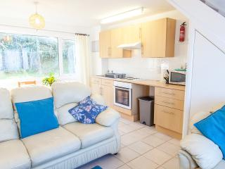 'Anemone', 20 Freshwater Bay Holiday Village - Freshwater East vacation rentals