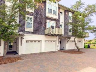 Luxury Seaside Townhome With Private Elevator - Amelia Island vacation rentals