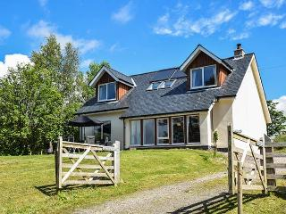 MARINE COTTAGE, fantastic views, en-suite facilities, eco-friendly, in Strontian, Ref 23970 - Strontian vacation rentals
