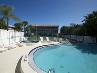 Anna Maria Island Pelican Cove - Gulf Beach and Bay Fishing - Bradenton Beach vacation rentals