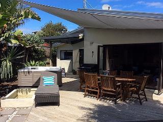 The Bakers Bach - Papamoa vacation rentals