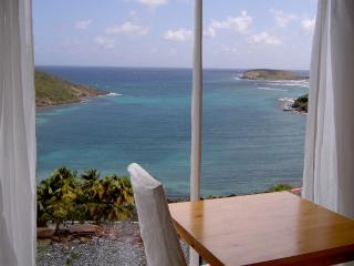 Bungalow sea view AC and Wifi - Marigot vacation rentals