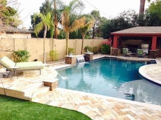 4 BED 3 BATH RANCH HOME GORGEOUS VACATION RENTAL - Glendale vacation rentals