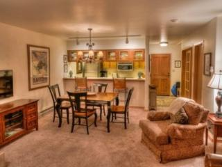 In Beaver Creek Village~Outdoor Hot Tub~Balcony Overlooking Flowing Creek~Epic! - Beaver Creek vacation rentals