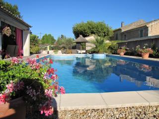 Mas dou bret - Saint-Remy-de-Provence vacation rentals