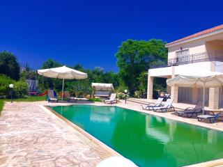 VILLA NIKI(Special Prices for September) - Argaka vacation rentals