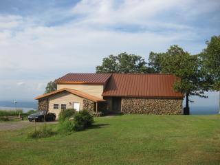 Summit House Atop Mt Nebo State Park - Dardanelle vacation rentals
