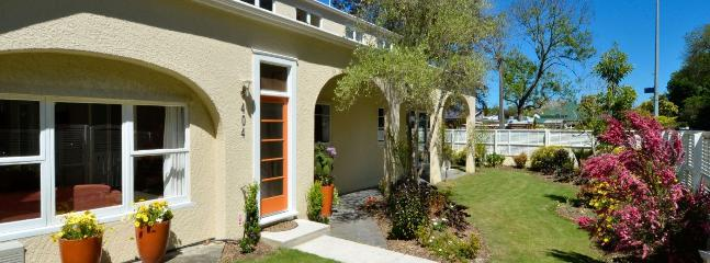 Eight Arches Hideaway - Central City Apartment, Great Value, Sleeps 4! - Nelson vacation rentals