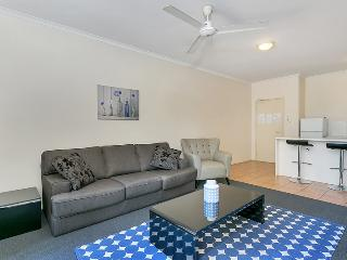 Tropic Towers - One Bedroom Apartment just minutes to the City and Airport - Cairns vacation rentals