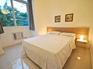 Fully remodeled 1 bedroom apt in Ipanema - Ipanema vacation rentals