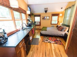 Asheville downtown Micro House in Hidden Garden - Asheville vacation rentals