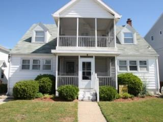 Ocean Block, Steps from the Beach and Boardwalk with Large Screened Porch - Magnolia vacation rentals