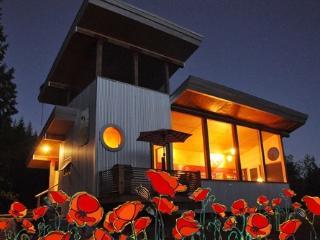 Tin Poppy - Salmon Arm vacation rentals