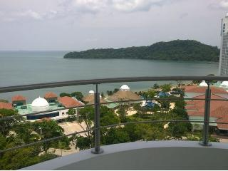 Grand Panoramic View Suite - Panama City vacation rentals