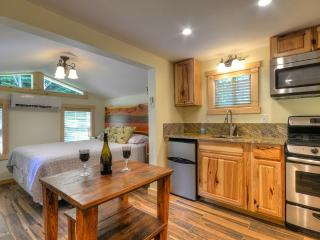 Hot Tub and Deck Along Creek, Pet friendly - Almond vacation rentals