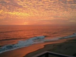 Views! Right on the beach! - Oceanside vacation rentals