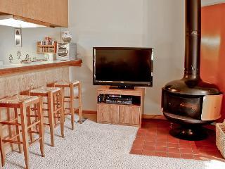 1 Bedroom + Loft | Walk to Lift | Wifi | 1 Bath - Northstar vacation rentals