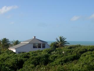 Sunset Residence with Panoramic Ocean Views - Long Island vacation rentals