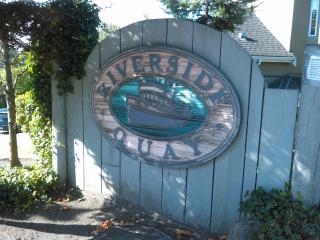 River District 4 Beds Sleeps 8 - Vancouver vacation rentals