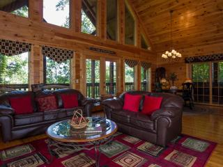 WOW Got ALL U'ALL Pool, Wifi, Hot Tub, Game Room - Pigeon Forge vacation rentals