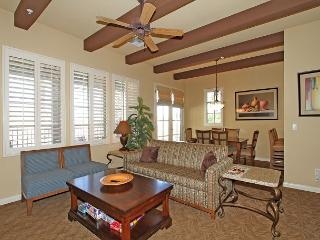 An Upstairs Two Bedroom Villa Close to the Pool with a Private Balcony! - La Quinta vacation rentals
