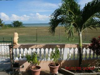 Wonderful SEAVIEW  2 br apt at $975.00/mo. - Corozal Town vacation rentals