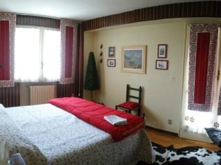 Three-room apartment in Cervinia Center - Breuil-Cervinia vacation rentals