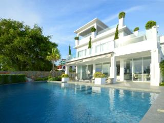 Modern Beach Villa 7 bedroom and private beach - Pattaya vacation rentals