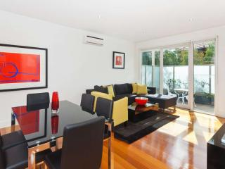 21/10 Tennyson Street, St Kilda, Melbourne - Melbourne vacation rentals