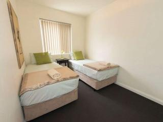 CEN1P Central Avenue, Inglewood, Perth - Melbourne vacation rentals