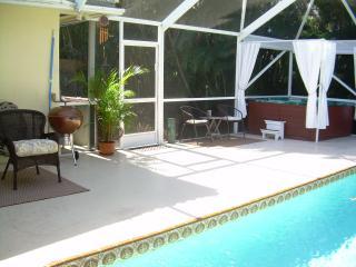 Tropical Pool Home with Deluxe Hot Tub~Sleeps 10!* - Boynton Beach vacation rentals