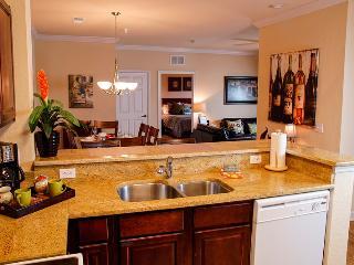 Inviting 2 Bed/2 Bath Condo Close to Golf & Disney - Davenport vacation rentals