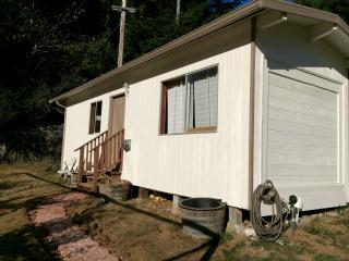 Arcata Cabin On The Hill - Arcata vacation rentals