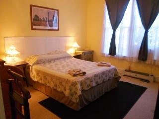 The Teacherage B&B (Priv. bathroom) - Sunbury vacation rentals