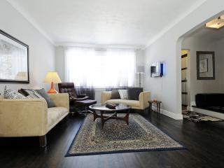 Executive Spacious Home, 3 Bdrm, Centrally Located - Ottawa vacation rentals