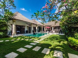 3 bedroom Villa  in the heart of Seminyak Bali - Seminyak vacation rentals