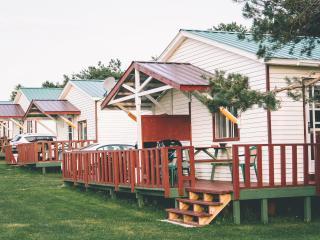 Island Life Cottages, Brackley Beach, 1 Bedroom, - Brackley Beach vacation rentals