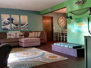Stowaway Beachhouse--Close to everything! - Rockaway Beach vacation rentals