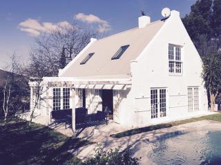 Greyton's premier luxury self-catering cottage - Greyton vacation rentals