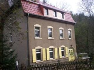 Vacation Apartment in Waldheim, Saxony - 1184 sqft, comfortable, bright, relaxing (# 5002) - Waldheim vacation rentals