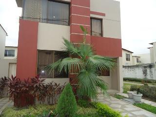 furnished house, samborondon, guayaquil - Guayaquil vacation rentals