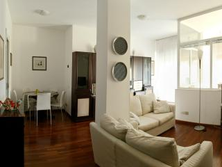 A Quiet Home In Milan: 15min To Downtown And To E - Milan vacation rentals