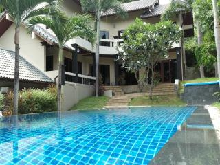 Miss Brown 4 Bedroom Pool Villa near Chaweng Beach - Chaweng vacation rentals