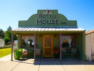 The Historic Bottle House dtown Alpine, by Marfa - Alpine vacation rentals