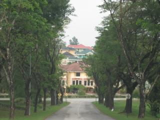 V.H. Staying As Home Meru Golf Club Townhouse - Ipoh vacation rentals