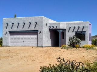 Tranquility Awaits you at this Desert Home - Tucson vacation rentals