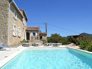 Charming renovated stone house 8p at door of the Cevennes, Saint-Ambroix Gard - Saint-Ambroix vacation rentals