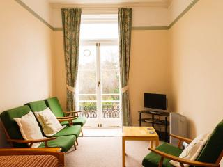 Welcoming First Floor Victorian Flat with Balcony - Minehead vacation rentals