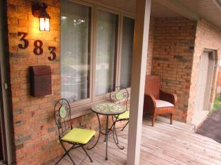 Beautiful home away from home...3 minutes from UWO - London vacation rentals